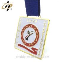 Artículos promocionales de oro cuadrado taekwon do sports medallas con cinta de seda