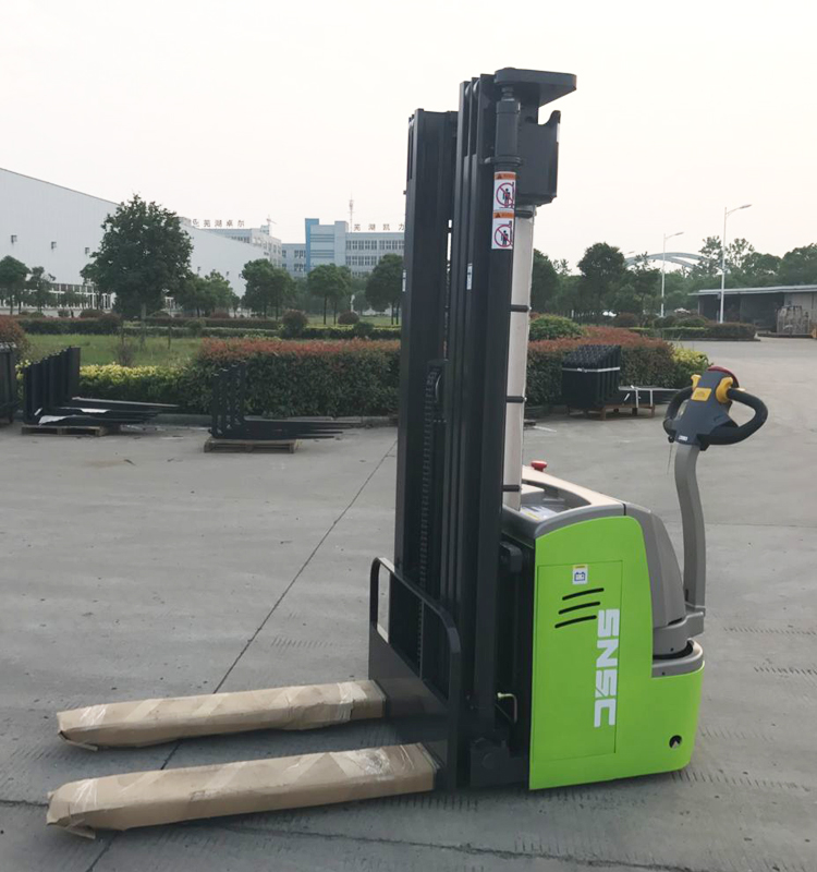 China Stacker