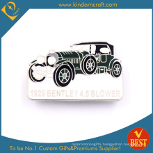 China Customized Wholesale Metal Soft Enamel Car Shape Pin Badge in High Quality