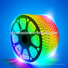 AC 220 В гибкие RGB светодиодные полосы света 60 светодиодов/М Водонепроницаемый 5050 СМД свет веревочки СИД с дистанционным регулятором