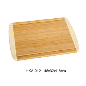 Eco-friendly bamboo cutting board with drip groove