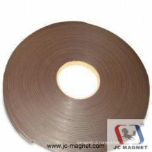 Tira magnética adesiva