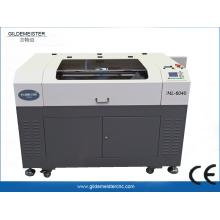 Pequeña máquina de grabado láser CNC
