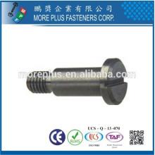 Hecho en Taiwán Acero al carbono DIN 923 ranurado Drive hombro cabeza de la cabeza tornillos