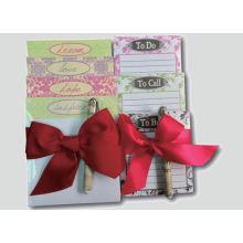 Note collante avec stylo pour set cadeau