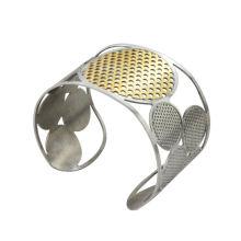 Neue Ankunfts-Edelstahl-Armbänder mit Goldüberzug ringsum und silbernes Paar 4round, Qualitäts-Stulpearmbänder