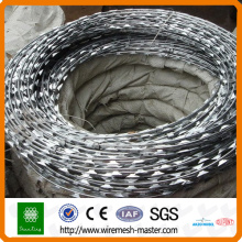 razor barbed wire hot dipped galvanized CBT 65 razor Brabed wire