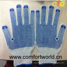En pointillés gants de coton tricoté avec simple ou double