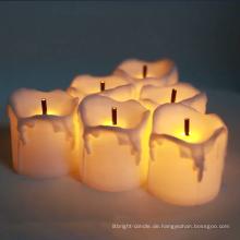 Flammenloser beweglicher Docht der elektrischen Kerze geführte Kerze
