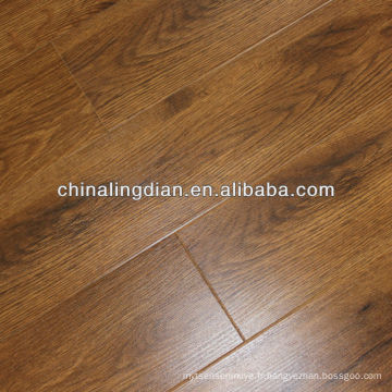 Plancher d'ingénierie de surface rustique et CD OAK