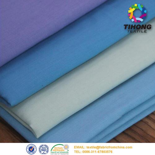 Changement de tissu de doublure pour sac à main de couleur