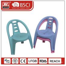 Kleinen Plastikstuhl für Baby/Kunststoff-Stuhl mit Armlehnen