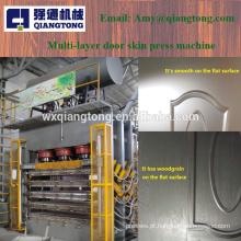Máquina de pressão de pele de porta de melamina de várias camadas / máquina de impressão de porta de madeira
