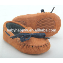 wholesale small MOQ brown gommino suede leather baby shoes with strappy