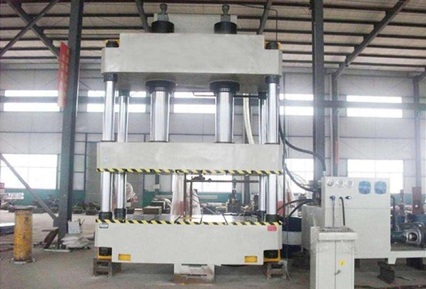 Hydraulic press machine for stainless steel churning bucket