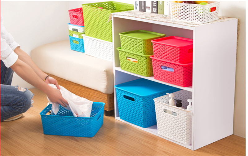 white storage baskets