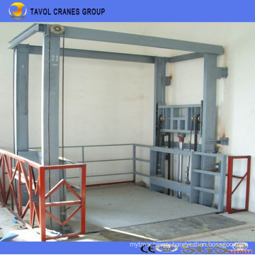 China Tavol Electric Hydraulic Indoor or Outdoor Usage Cargo Lift