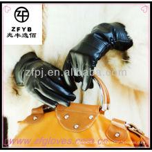 Protección del medio ambiente co guante