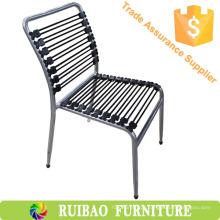 Cadeira de mola de empilhamento colorido moderna e barata para móveis de mola de visitante