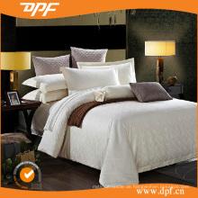 Bettdecke aus Baumwollstepp (DPF052984)