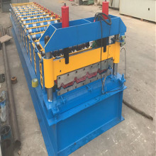Roll forming panel roof machine