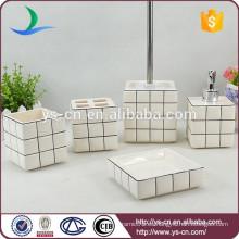 Accesorio de baño de cerámica de buen mercado, accesorio de baño simple