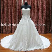 2012Elegant Spitze A-Linie Entwurf sticken Hochzeitskleider online