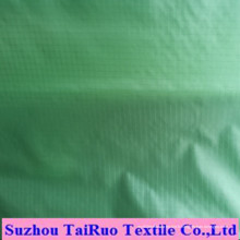 100% taffetas de polyester de haute qualité pour les vêtements