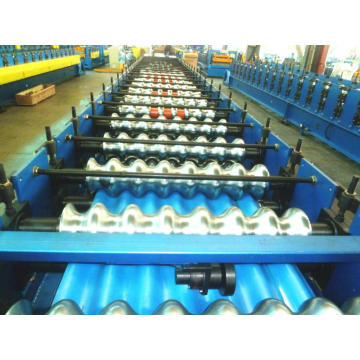 Corrugated galvanized sheet metal roofing forming machine