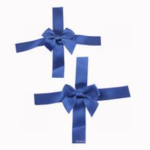 Arceau de ruban en satin bleu