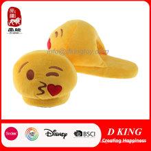 Venda quente diversão Emoji Soft Plush Slipper