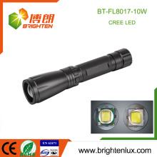 Factory Wholesale Matériel en aluminium Zoom Focus High Power Handheld 10w Cree xml2 torche torche avec 3C taille sec batterie