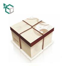 CMYK imprimant la boîte de gâteau au chocolat réutilisée par affichage carré avec le plateau