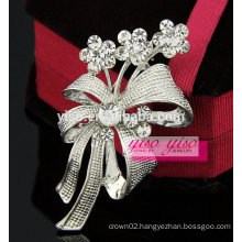 elegant wedding flower crystal brooch