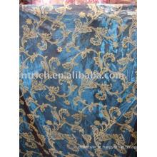 toalha de mesa de organza reunindo moda