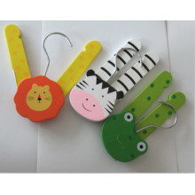 Colorful Kisd Wooden Hanger with Animals, Folding