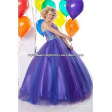 El hombro libre del envío un rebordeó el vestido azul appliqued del desfile de la muchacha de flor del vestido de bola CWFaf5395