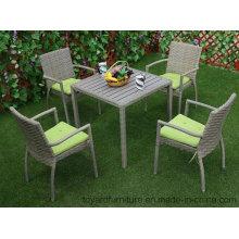 Новая американская мебель для сада с наружным садом для патио PE из смолы Wicker Grey Polywood Table и 4PCS Restaurant Chairs