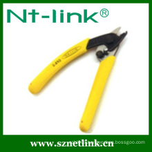 Fiber stripper used for coating layer