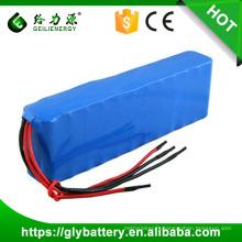 Paquet de batterie de lithium de 11.1V 17.6Ah 20.8Ah 18650 pour la lumière de jardin