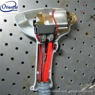 Pieza de mano de la máquina del retiro del pelo del laser del diodo de 808nm 600w con TEC
