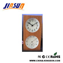 Wooden Clock With Temperature And Humidity