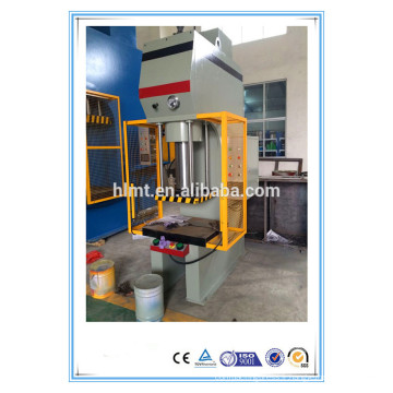 Machine de pressage hydraulique CNC à une colonne à six côtés à six côtés