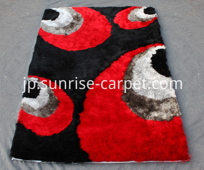Silk Shaggy with Design Rug