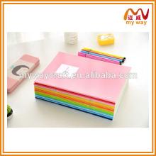 Caderno único do arco-íris sobre os blocos de anotações de estudantes personalizados baratos.