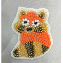 Rhinestone bead fox embroidery patch