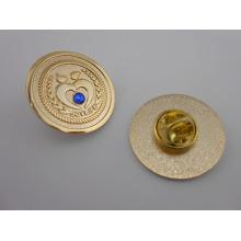 Выдвиженческий штырь отворотом, выполненный на заказ значок с бриллиантом (GZHY-ТИЦ-043)