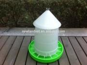 8kg Plastic Chicken Feeder Poultry Farm Use