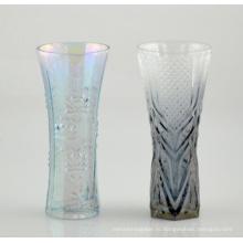 Стеклянная ваза с красивой печатью