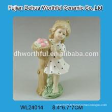 Belle décoration de mariage en céramique en forme de fille